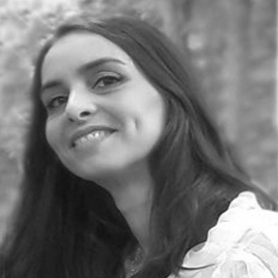 Elena Debasa